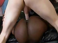 White Dick Ramming An Ebony Pussy